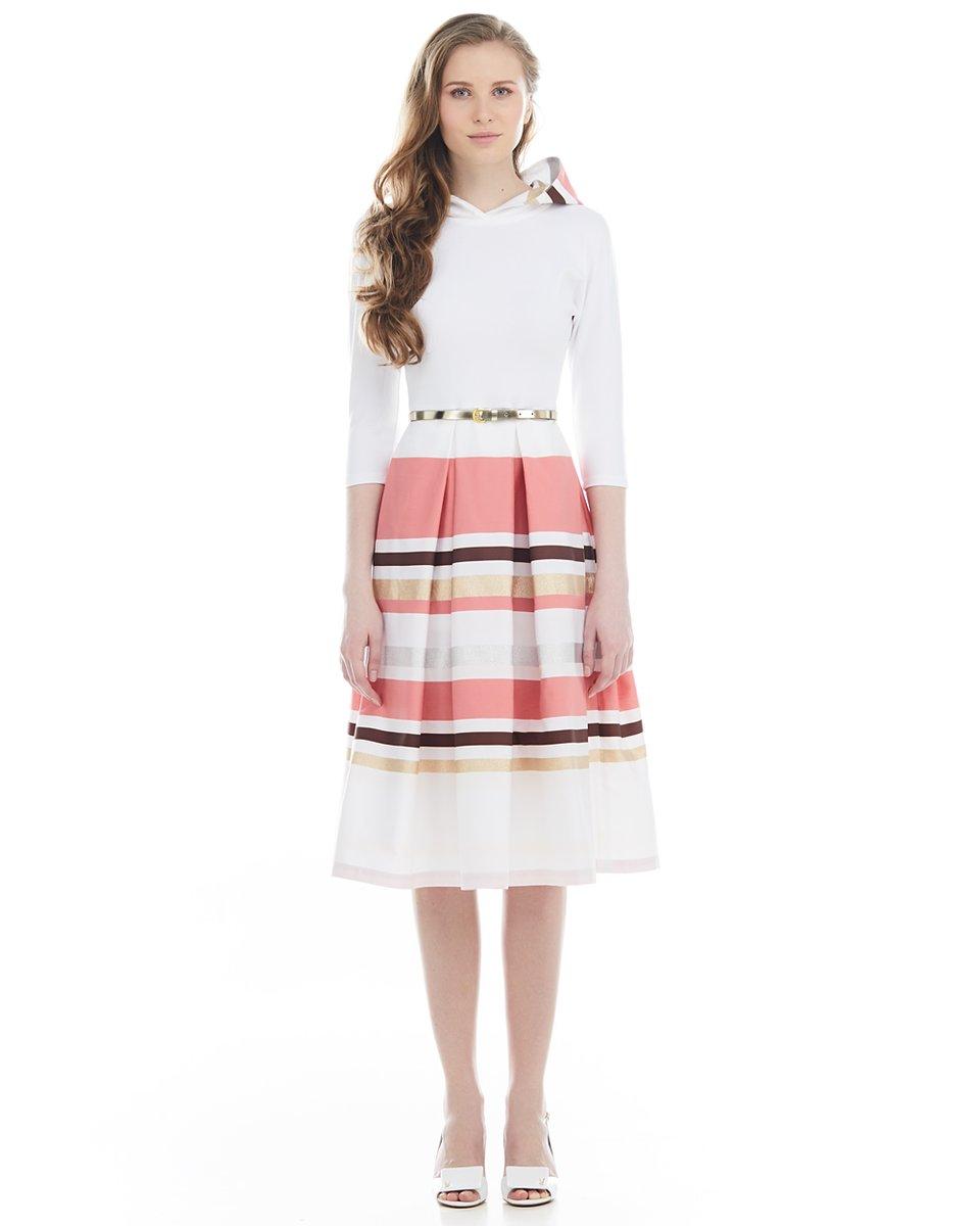 Платье из комбинированных тканей, с капюшоном, белое