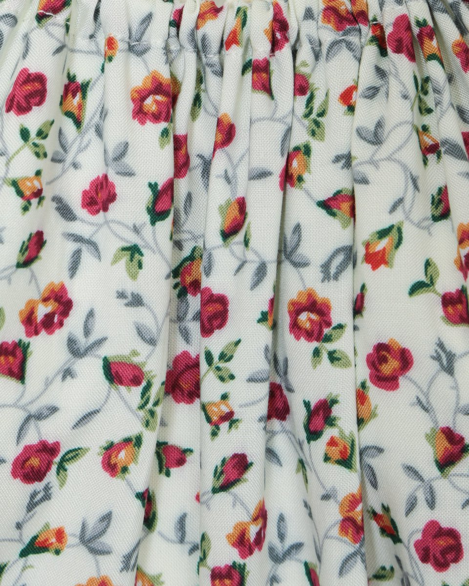 """Платье макси белого цвета с воланом, принт """"Цветы"""""""