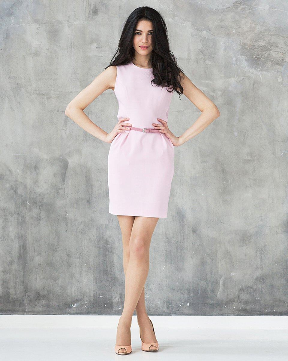 Платье приталенное со спинкой из органзы