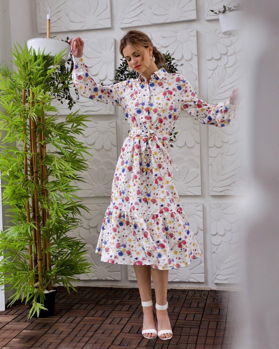 Платье-рубашка с цветочным принтом с воланом на юбке