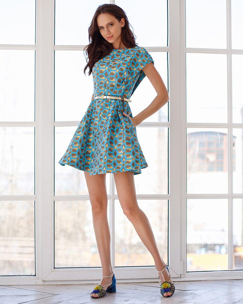 Платье из жаккарда, голубого цвета