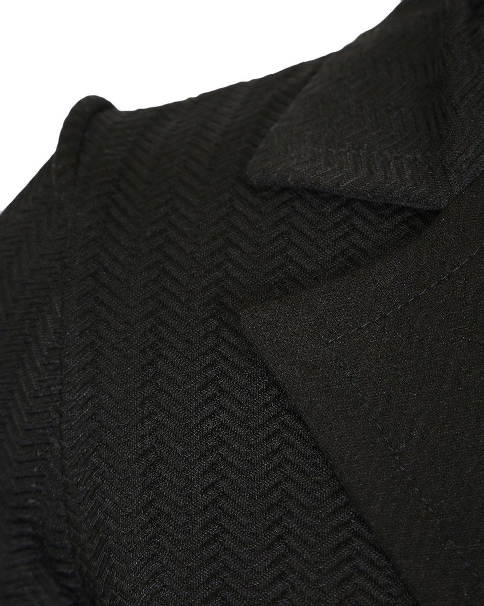 Платье с лацканами из фактурной ткани черного цвета