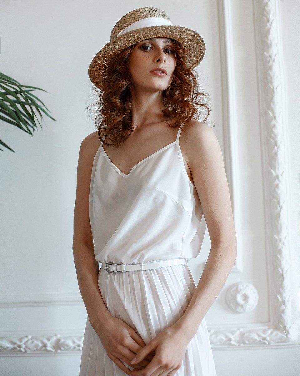 Платье с юбкой-гофре, белого цвета