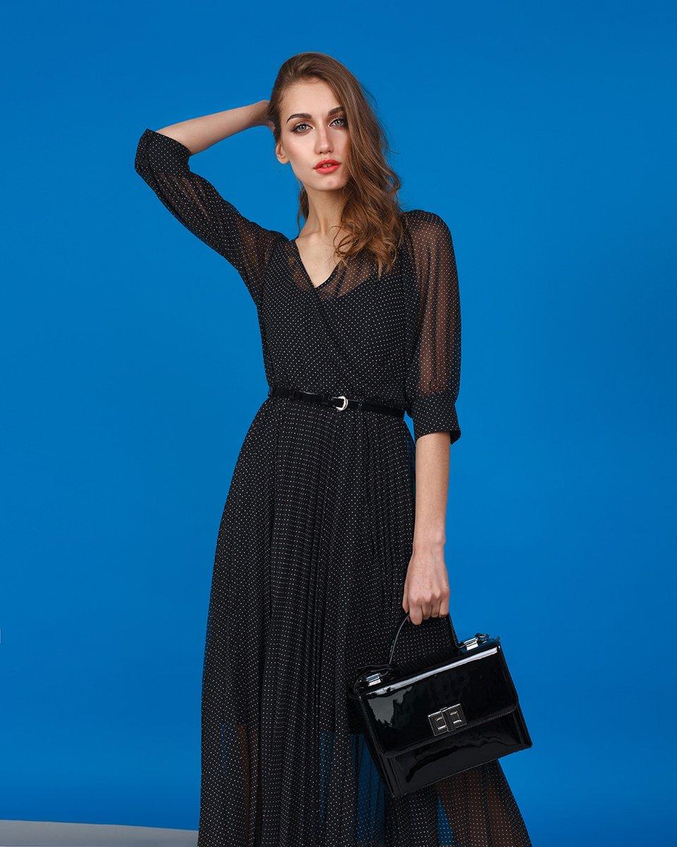 Платье с юбкой-гофре черного цвета в горошек из шифона