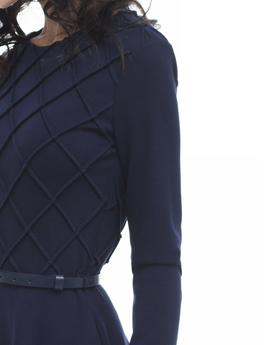 Удлиненное трикотажное платье с юбкой-солнце