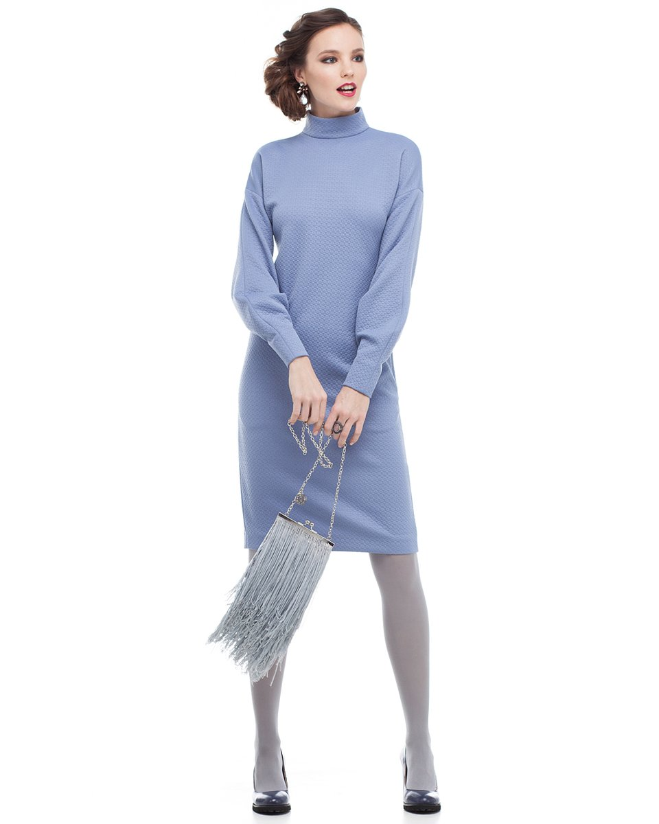 Платье-водолазка фиалкового цвета