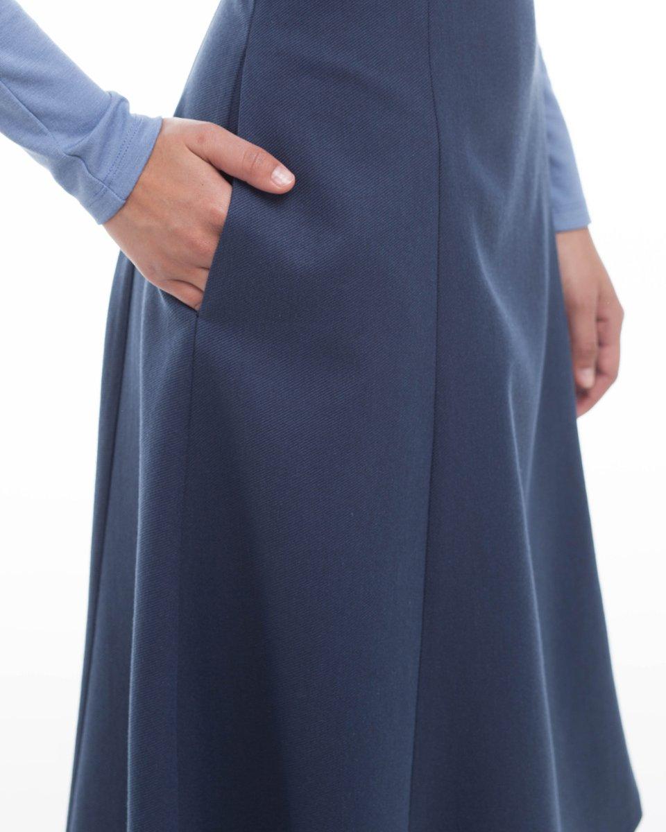 Сарафан миди с расклешенной юбкой
