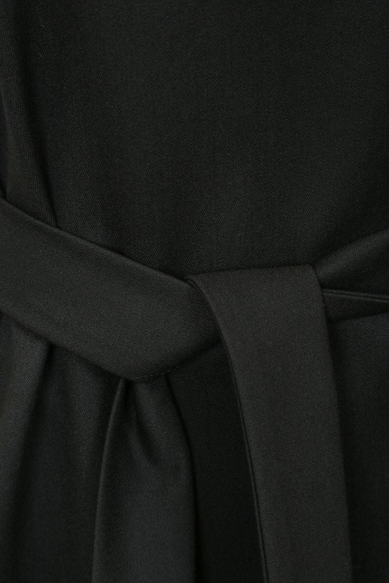 Сарафан из костюмной ткани полуприталенного силуэта