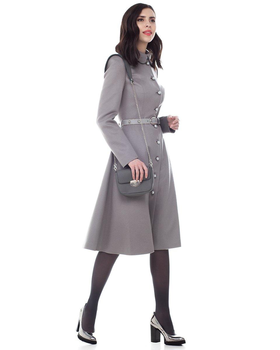 Серо-жемчужное пальто с юбкой-солнце