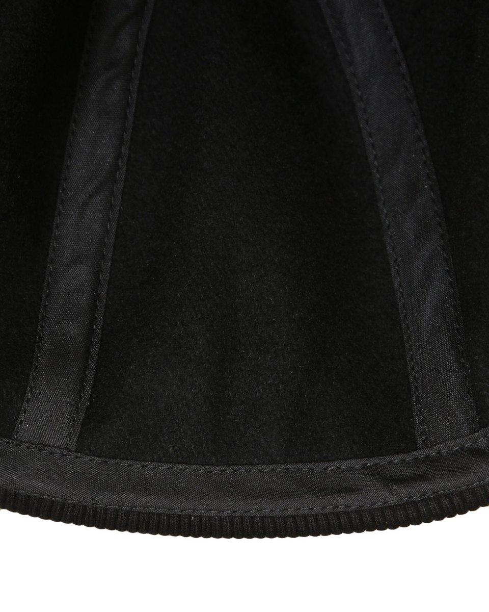 Шапка с трикотажной резинкой черного цвета