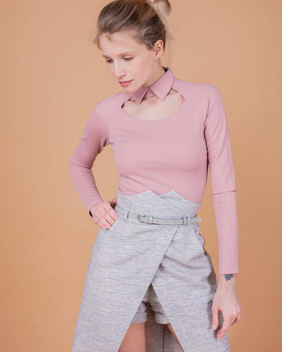 Комплект шорты и юбка с запахом бело-серого цвета
