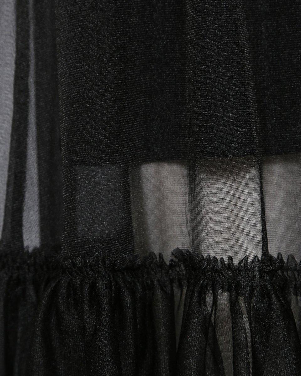 Туника черного цвета с базовым платьем