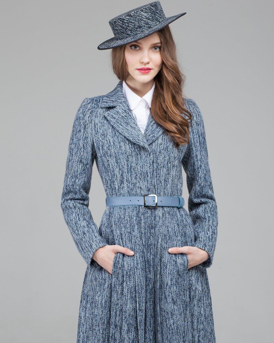 Весеннее пальто из твидовой ткани