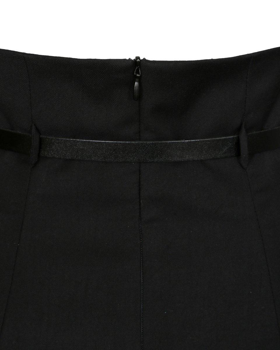 Юбка черного цвета со шлейфом