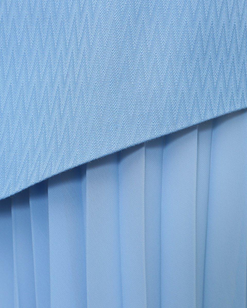 Юбка-гофре с асимметричной баской небесно-голубого цвета