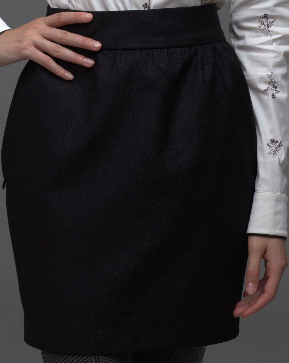 Юбка классического силуэта с высоким поясом