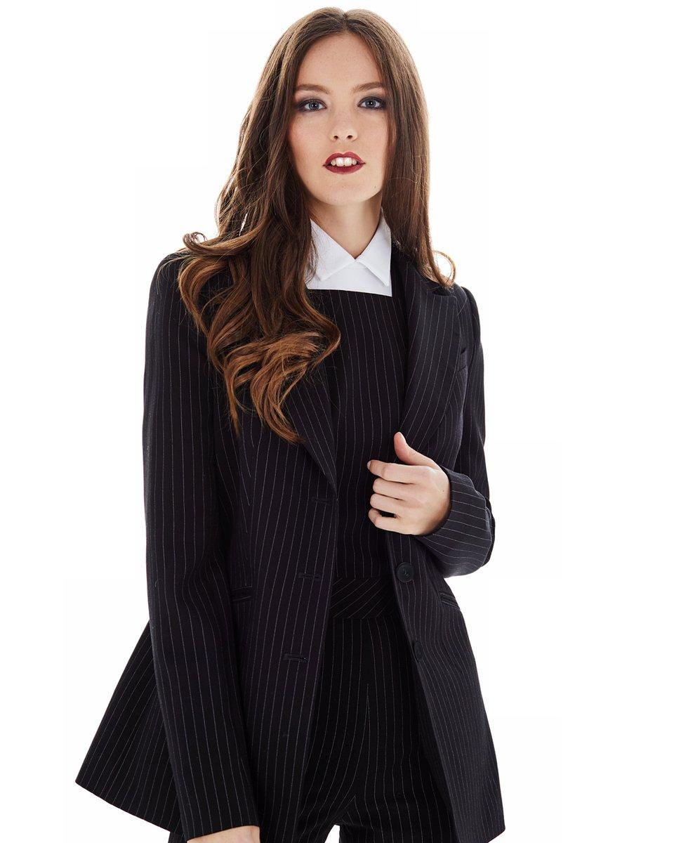 Жакет черного цвета в полоску