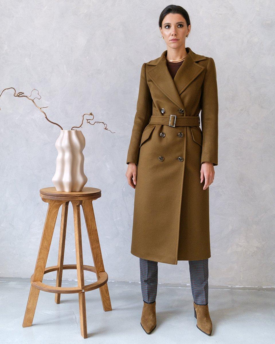 Пальто прямого силуэта  кофейного  цвета