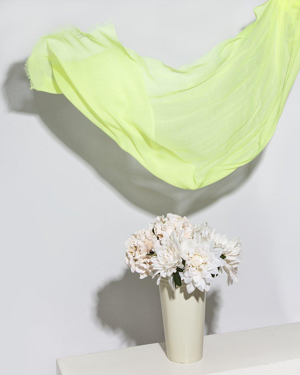 Палантин цвета салатовый неон