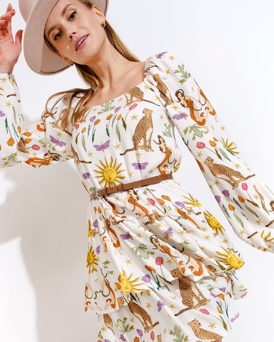 Мини-платье со сказочным принтом