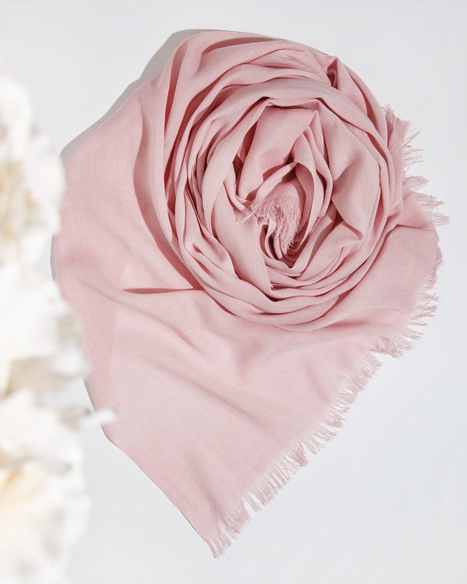Палантин розового цвета 65/190