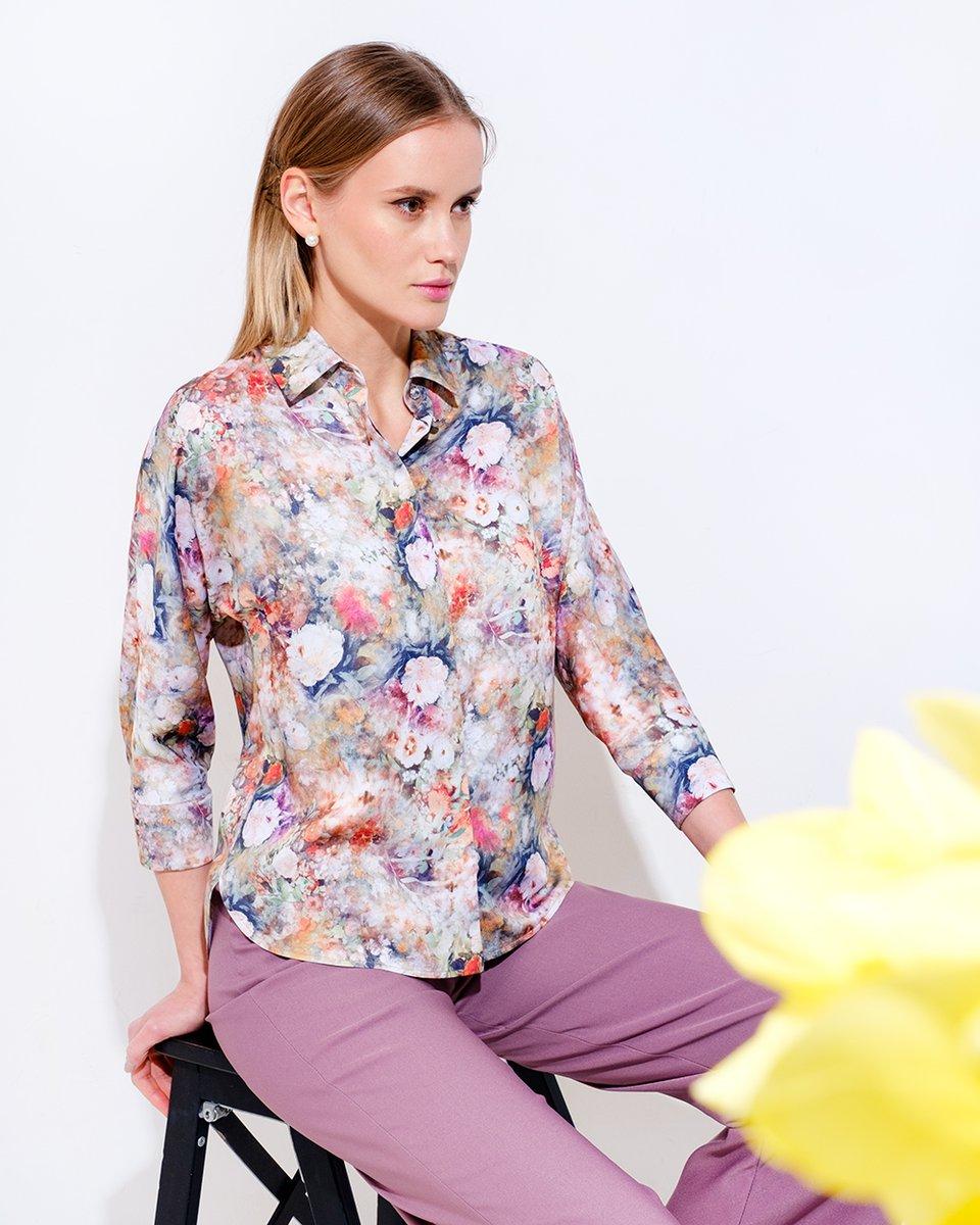 Блуза в акварельный цветочный принт