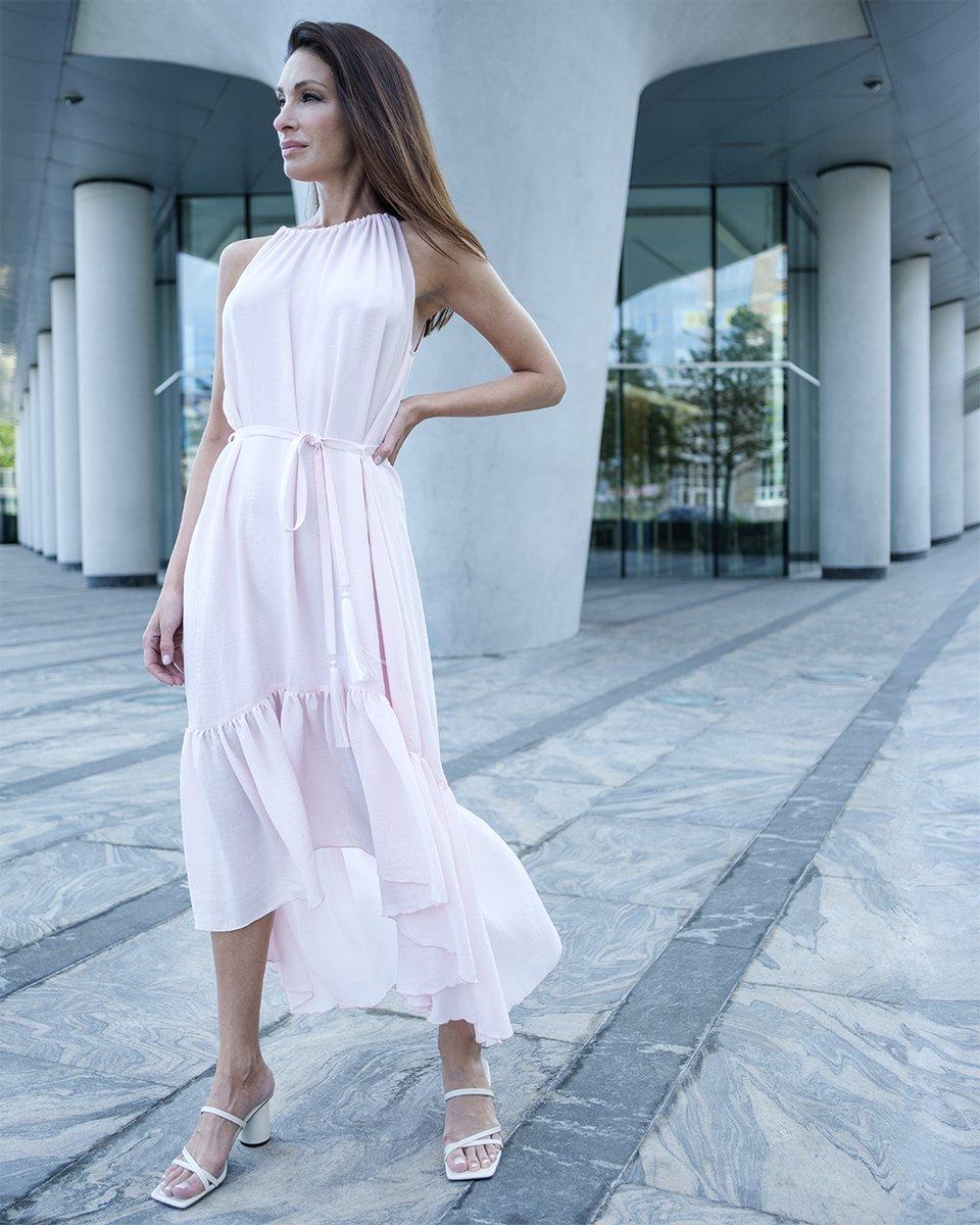 Платье-миди с пышным воланом, розового цвета
