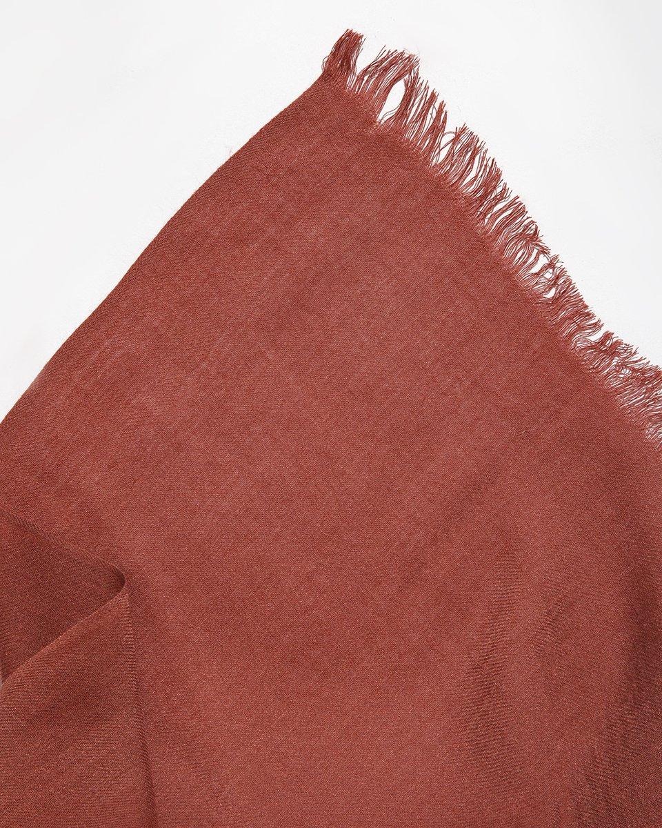 Палантин коричнево-розового цвета однотонный