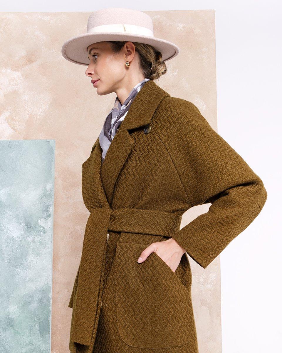 Limited edition. Пальто из фактурной ткани с имитацией вязки