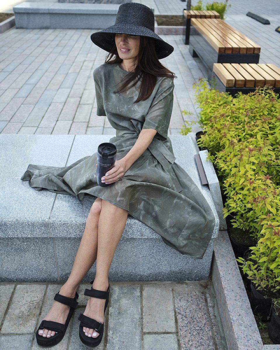 Платье-туника прямого кроя с широким воланом, из хлопка и шелка
