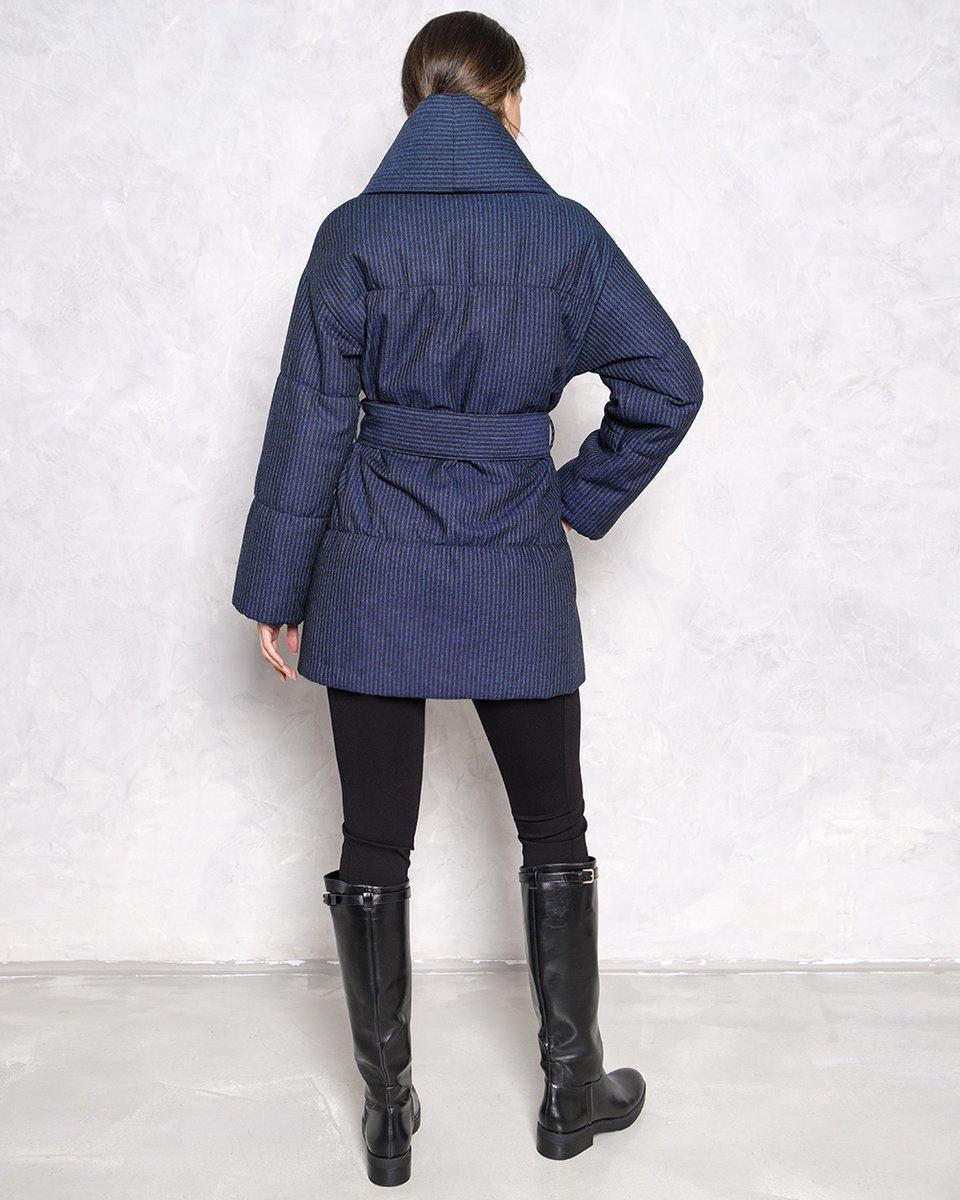 Пальто-пуховик с застежкой на запах