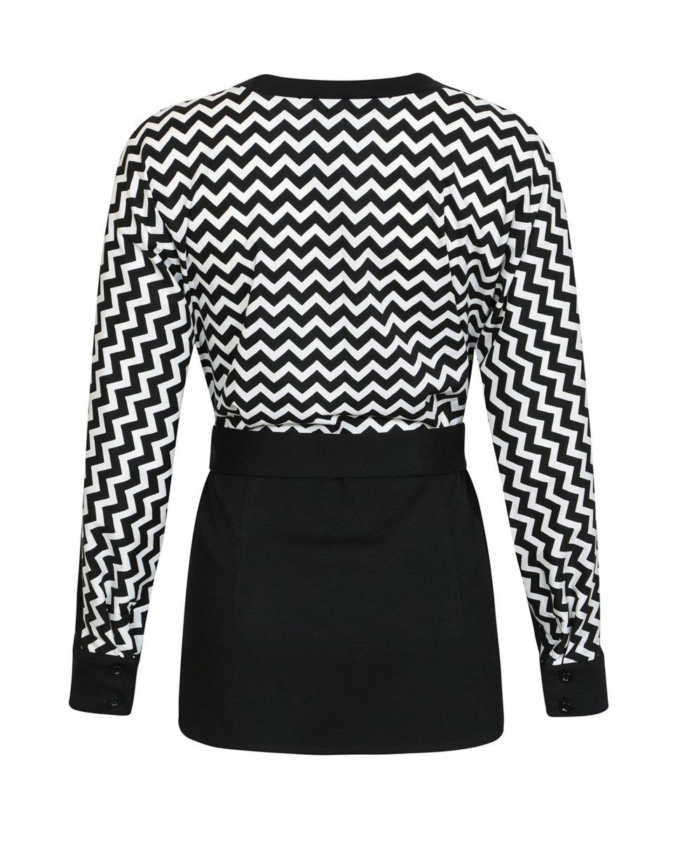 Блуза с рукавом летучая мышь с контрастным узором на спине