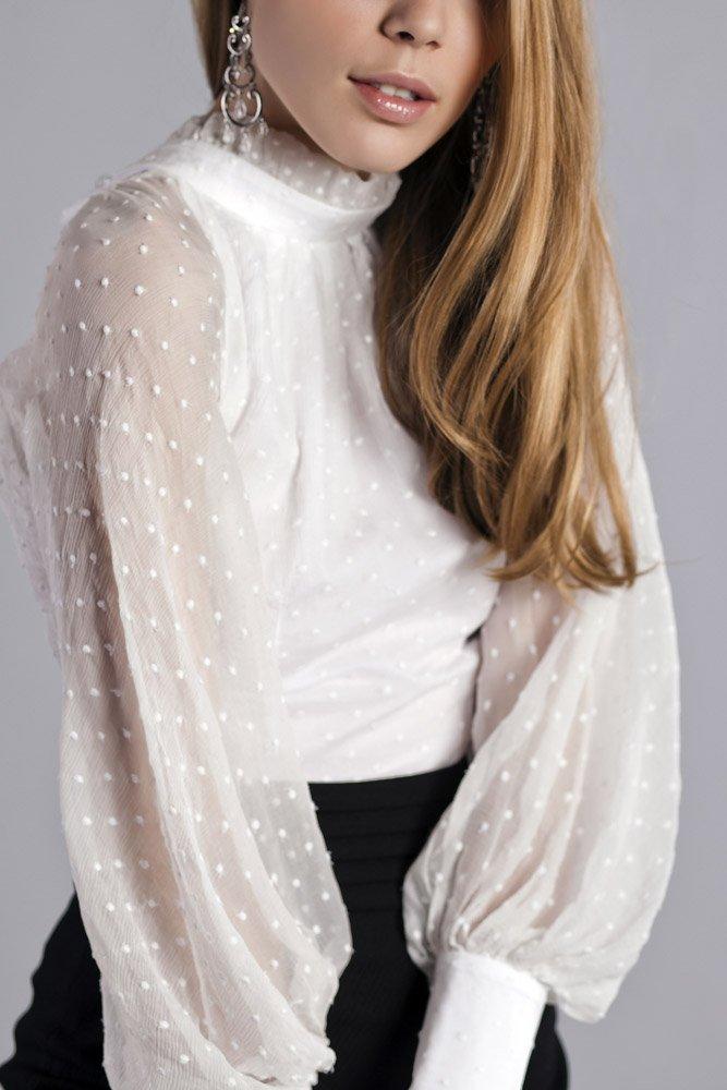 Блузка с пышными рукавами доставка
