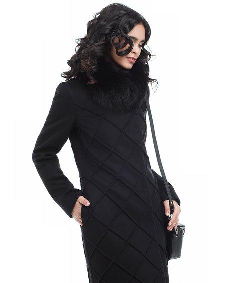 Пальто черное вместе с фигурной отстрочкой