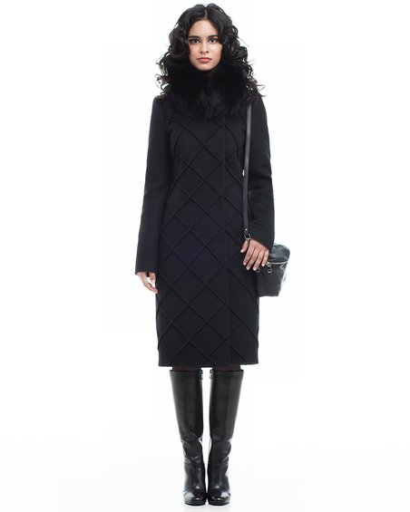 Пальто черное  со фигурной отстрочкой