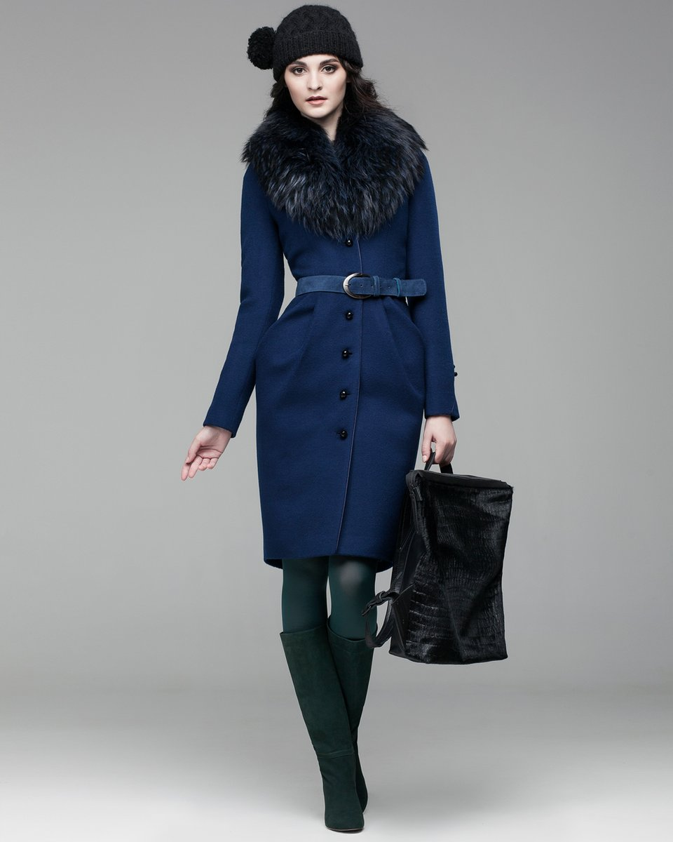 Пальто и юбки модели