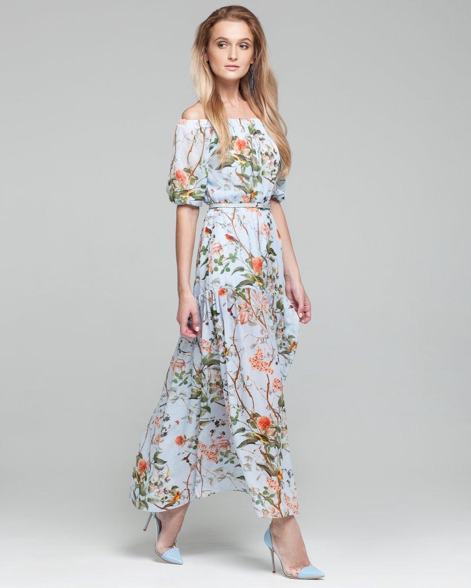Картинки по запросу платье с цветочным принтом на улице