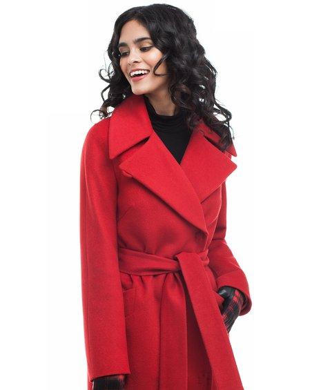 Пальто прямого кроя красного цвета